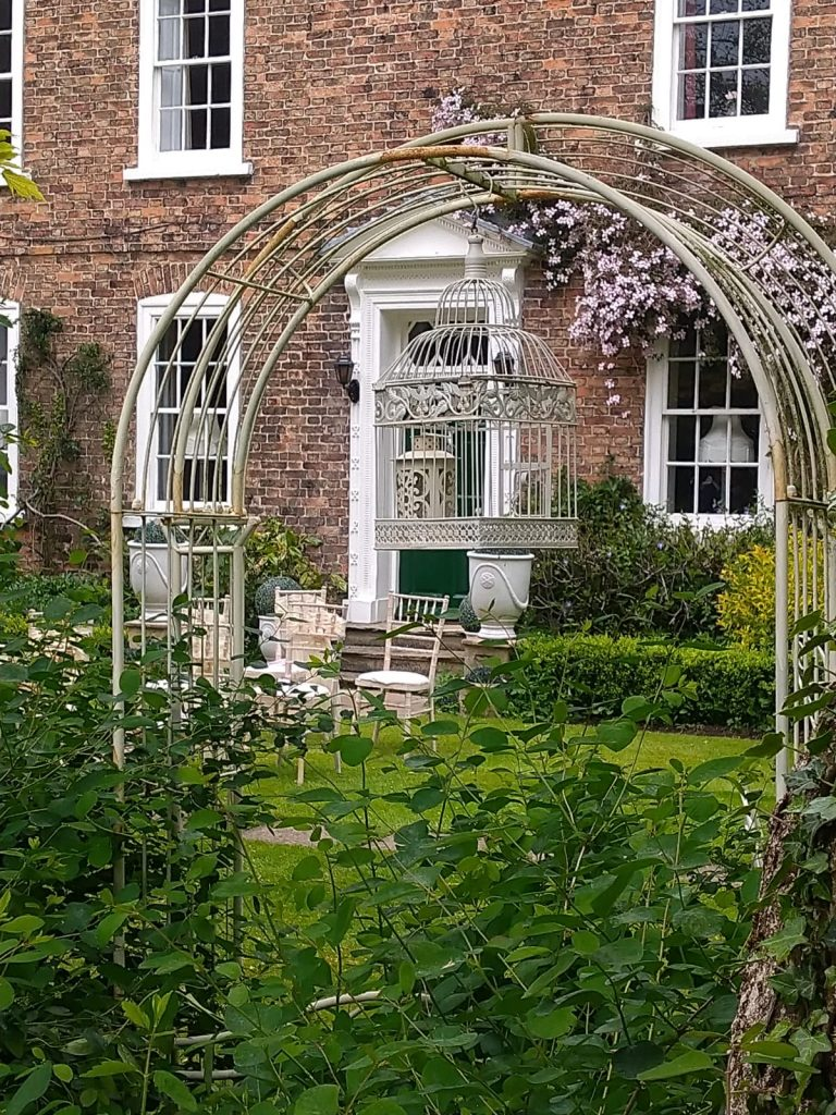 The beautiful Secret Garden = tranquil, corners of cosiness, peaceful, fragrant, a delight for all the senses